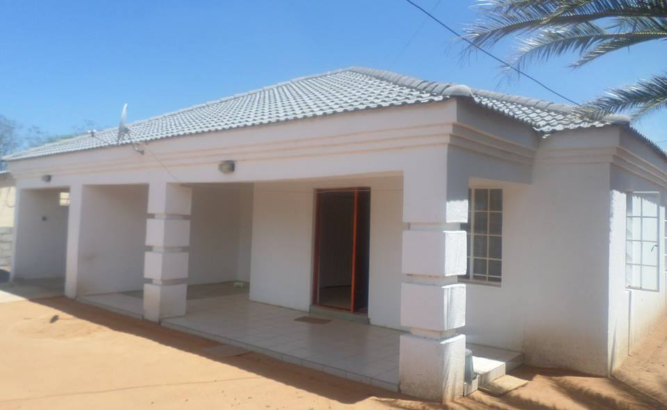Lovely Extension 2. 3 Bed House For Sale.