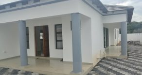 Block 10. 3-Bed House for Rent.