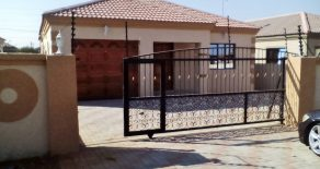 3 Bed House for Sale. Tsholofelo East. Gaborone.