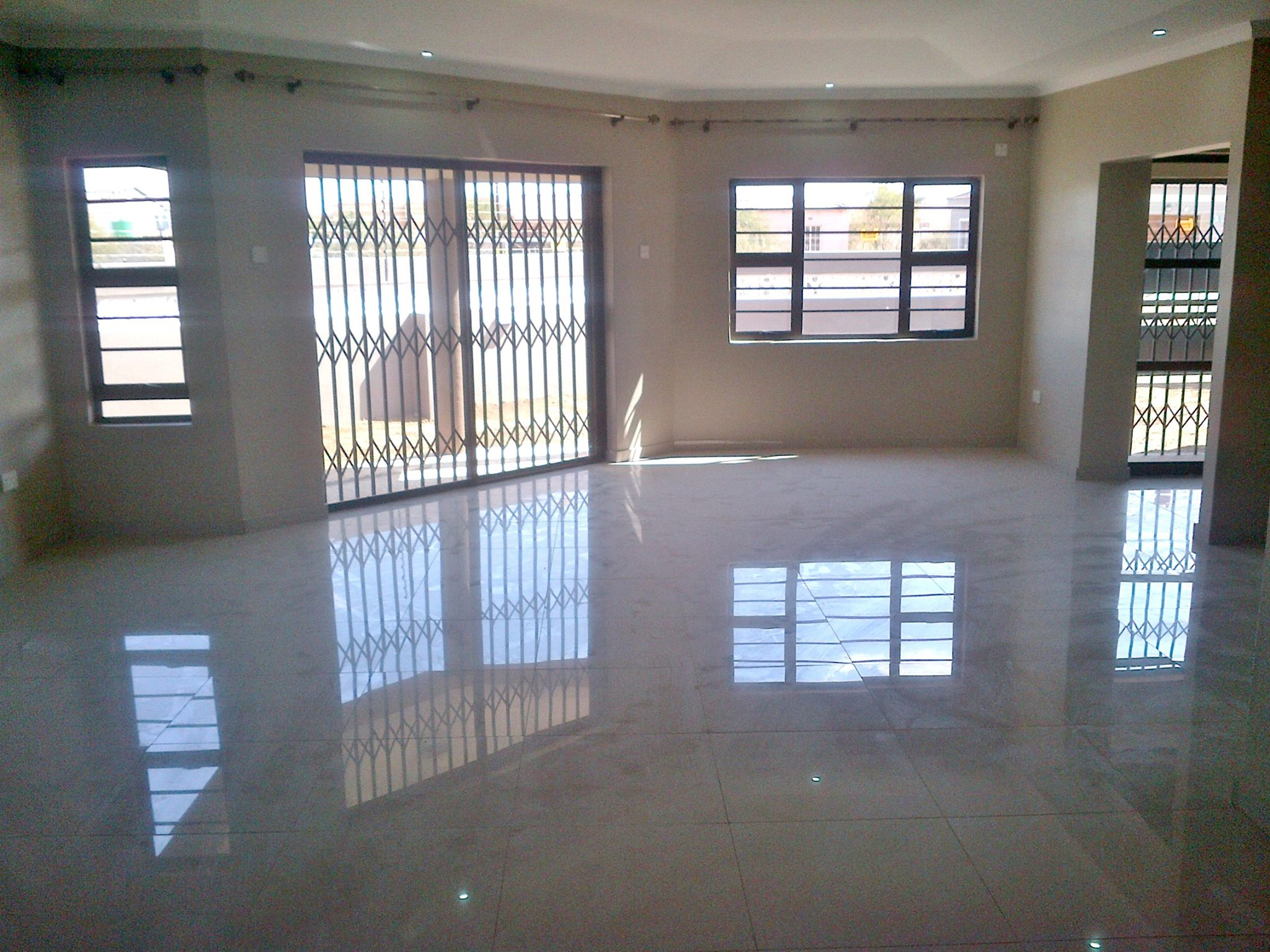3 bed house for rent  block 7  gaborone