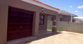 Block 7. 3-Bed House for Rent.