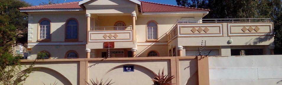 Block 9. 5-Bedroom House for Rent.