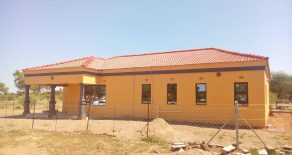 Nkoyaphiri. 3-Bed House for Sale.