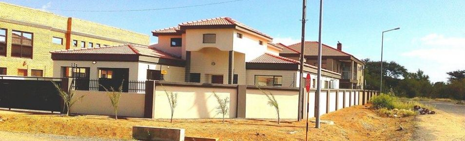 Block 10. 3-Bed House for Sale.