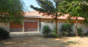 Tlokweng. 5-Bedroom House for Sale.