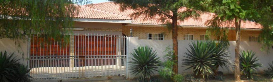 Tlokweng. 5-Bedroom House for Sale.