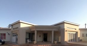 Gaborone. Gaborone North. 5- Beds Lodge For Sale.